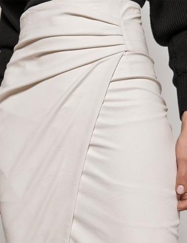 Φούστα κρουαζέ απο δερματίνη με πιέτες off-white  ACCESS FASHION