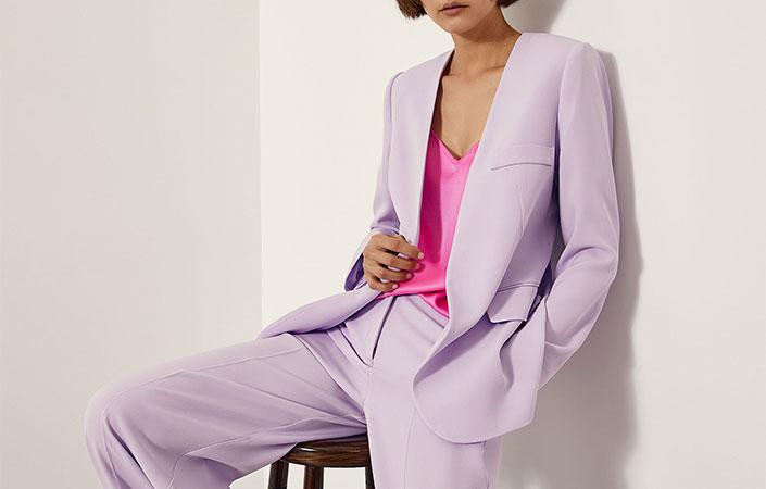 Γυναικεία κοστούμια